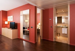 The Sercotel Hotel Luz has 31 Junior Suite. These are ...